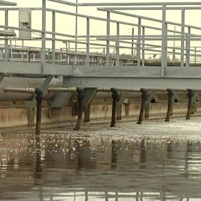Riihimäen jätevedenpuhdistamon altaita