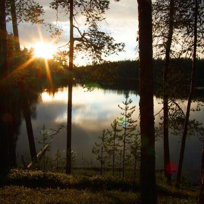 Huosiusjärvi ilta-auringossa