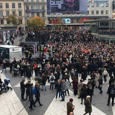 #Metoo-demonstreration mot sexuella trakasserier i Stokholm