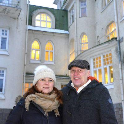 Tom Vasara ja Sari Liljeblom.