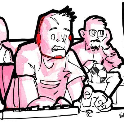 Poika pelaa tietokoneella kuulokkeet päässään. Isä takana katselee peliä, pidellen jalkapalloa. Äiti katselee muualle.