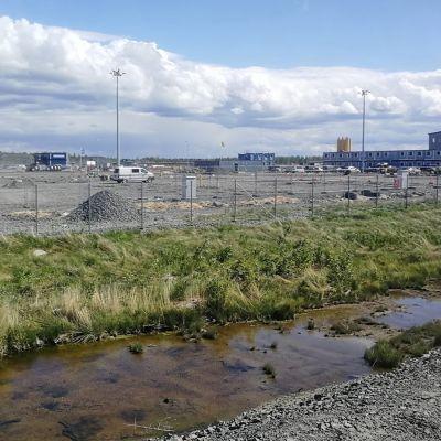 Fennovoiman ydinvoimalan rakennustyömaa Pyhäjoen Hanhikivenniemellä 13062018.