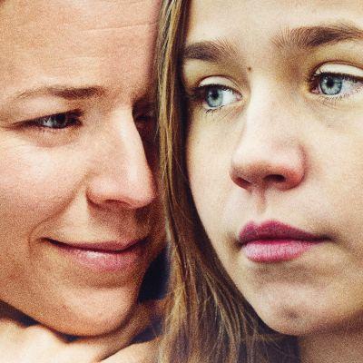 Tyttö nimeltä Varpu -elokuvan päähenkilöt Siru (Paula Vesala) ja Varpu (Linnea Skog).