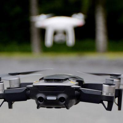 Droonien lennättämisestä tulee säädellympää vuoden 2020 heinäkuussa.