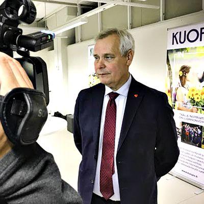 Pääministeri Antti Rinne haastattelussa Kuopiossa 4. lokakuuta 2019.