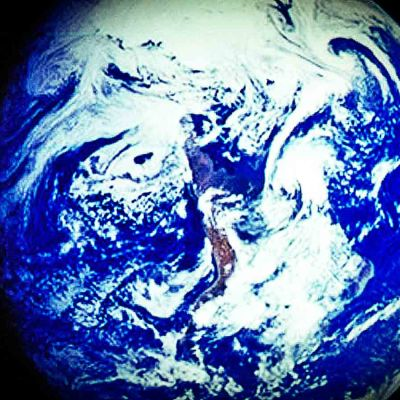 Maa avaruudesta kuvattuna