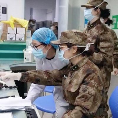 Dokumentti neljän Aasian maan keinoista hillitä koronavirusepidemiaa.