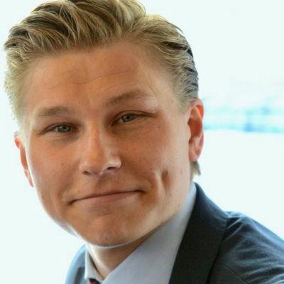 Antti Häkkänen, Samlingspartiets riksdagsledamot.