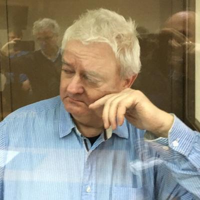 Spionmisstänkte Frode Berg grät i rättssalen i Moskva då hans fall behandlades där i slutet av januari.