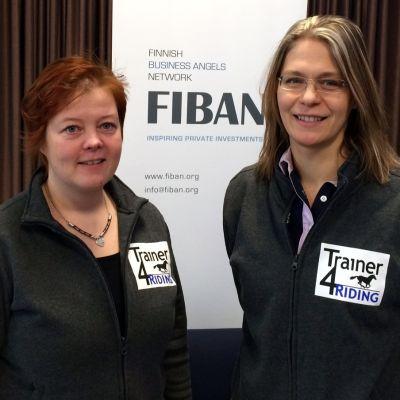 Anne Hyttinen (vas.) ja Eeva Nygren kiteeläisestä 365 Training Solutions Oy:stä.