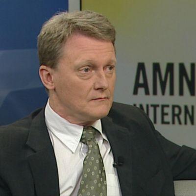 Amnestys verksamhetsledare i Finland Frank Johansson