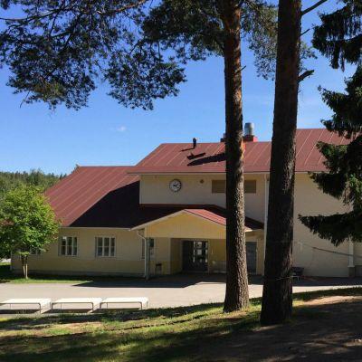 Kaukon koulu Rovaniemi liikuntahalli