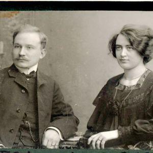 Gunnar och Victoria Heikel nyförlovade i Wasa 1903.