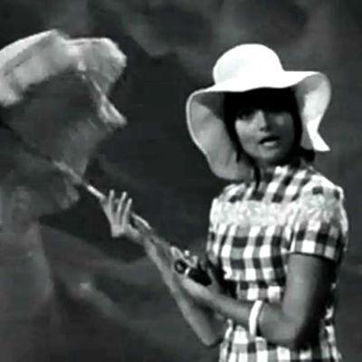 Kristiina Halkola laulaa (1969).