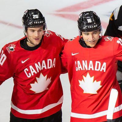 Kanada jublar i JVM.