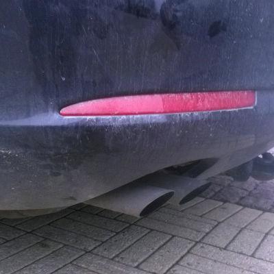 auto, pakoputki