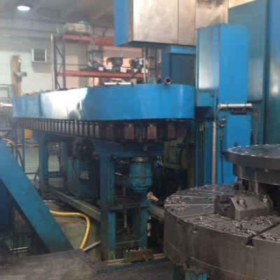 Metallikappale teollisuuslaitoksessa.