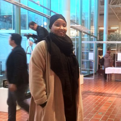 May Ahmed på kulturcentret Stoa.