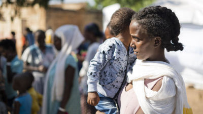 En kvinna från Tigray på flyktinglägret Um Rakuba i grannlandet Sudan.