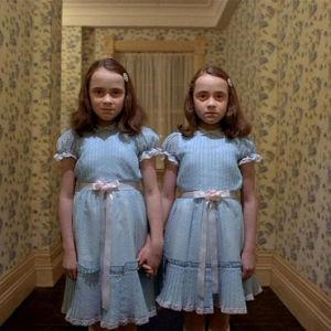 Som barn skrämdes Viktor Granö halvt ihjäl av de här spökflickorna ur filmen The Shining. Så började hans fascination för skräck.