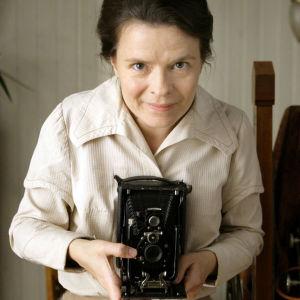 Maria Heiskanen elokuvassa Ikuistetut hetket, ohjaus Jan Troell.