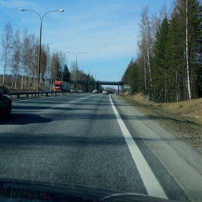 Tieuria Kuopion moottoritiellä