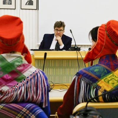 Samer i Lapplands tingsrätt, åtalade för olaga fiske.