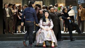 Jevgeni Onegin Baselin oopperatalossa