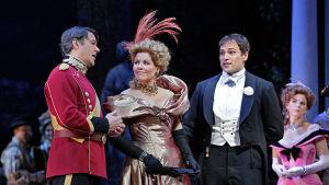 Iloinen leski Metropolitan-oopperassa
