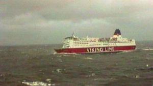 Viking Line i hårt väder