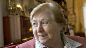 kirjailija Mirjam Kälkäjä