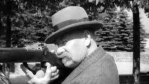 Pehr Evind svinhufvud skjuter