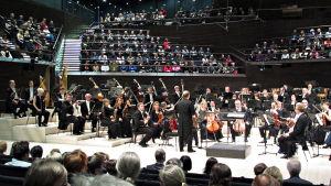 Radion sinfoniaorkesteri virittää Musiikkitalossa