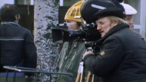 Åke Lindman bakom kameran