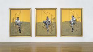 Bild på tre konstverk