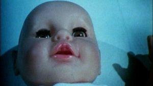 Kuvituskuva vauvasta tietoiskussa.