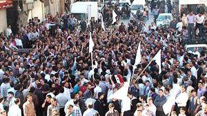 15.4.2011 - anti-regim demo på syrisk tv Sana
