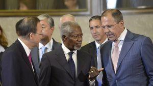 FN:s generalsekreterare Ban- Ki-moon, FN:s specialsändebud Kofi Annan och Rysslands utrikesminister Sergej Lavrov
