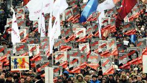 Tusentals demonstranter i Moskva