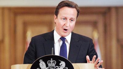 Premiärminister David Cameron på en preskonferens i fredags