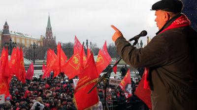 Kommunisterna demonstrerar i Moskva