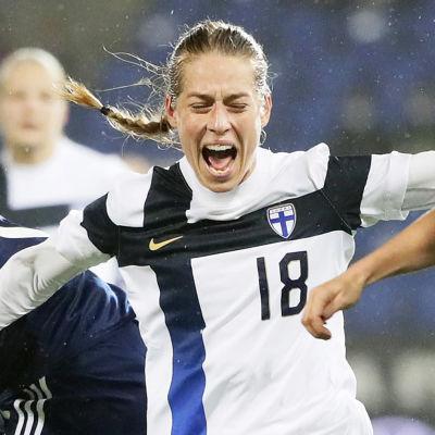 Linda Sällström i en duell med skotskor 2020.