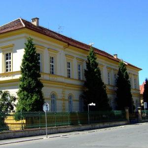 Den gamla skolan. I dag Ghettomuseum.