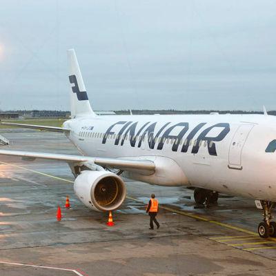 Finnairs Airbus A320-plan på Helsingfors-Vanda
