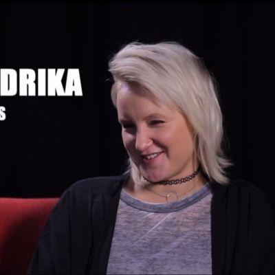 Fredrika söker en ny bästis.