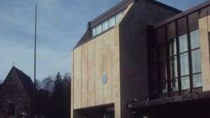 En arkivbild på Pojo kommunhus