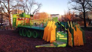 Statyparken i Kuppis invigdes på nyårsafton 31.12.2015.