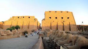 Karnaktemplet nära Luxor i Egypten