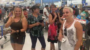 Finländare i Florida handlar mat