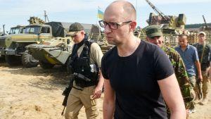 Ukrainas premiärminister Jatsenjuk
